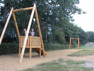 Svævebaner og legepladsanlæg, Lege coaster, trampoliner (7,2,5)