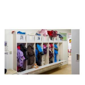 Børnegarderober, Støvle stativ og påklædnings plateau (13,1)